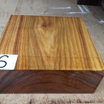 Canarywood 8x8x3 inches