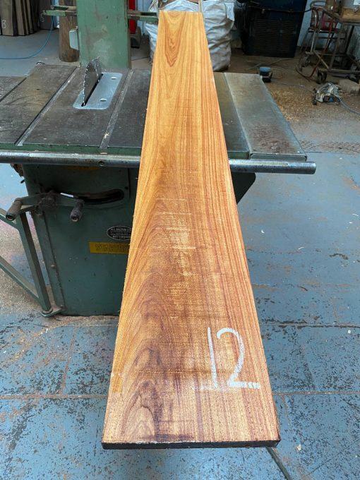 Canarywood 1830x200x25 mm