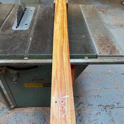 Canarywood 1250x85x25 mm