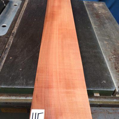 Pearwood 990x135x28-32 mm