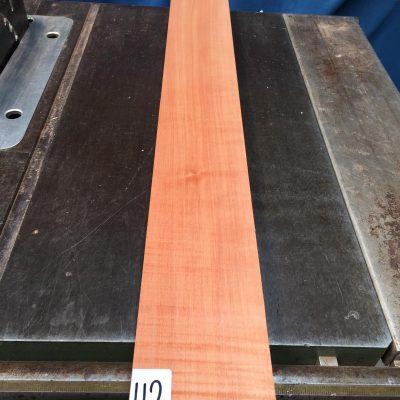 Pearwood 900x100x28-32 mm