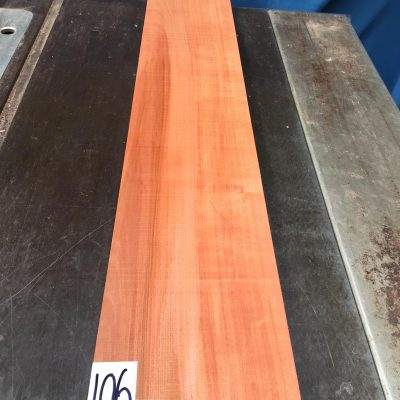 Pearwood 890x140x28-32 mm