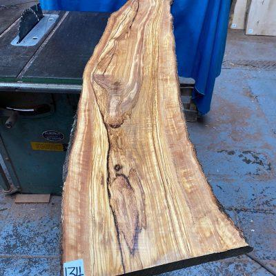 Mediterranean Olivewood Board 1580x280x28-32 mm