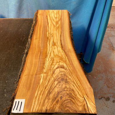 Mediterranean Olivewood Board 570x210x28-32 mm