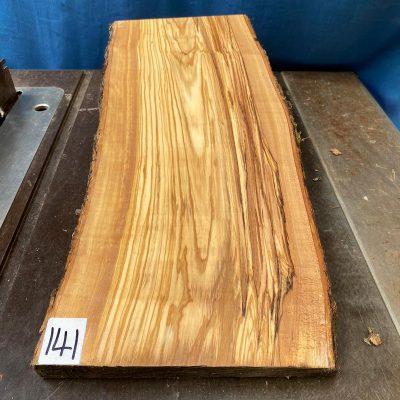 Mediterranean Olivewood Board 540x230x28-32 mm