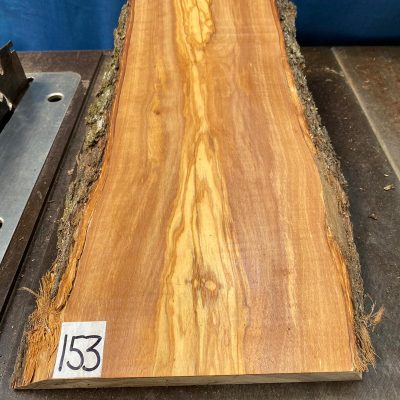Mediterranean Olivewood Board 445x220x28-32 mm