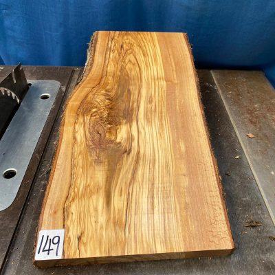 Mediterranean Olivewood Board 480x230x28-32 mm