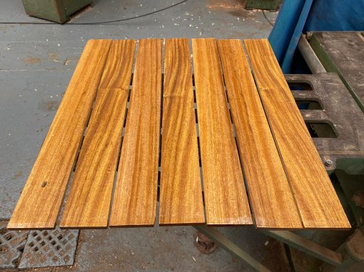 Wild Mango fingerboard 579x70x9 mm