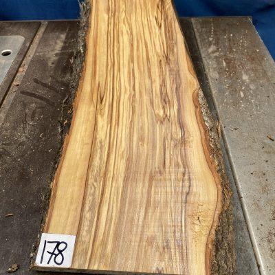 Mediterranean Olivewood Board 510x215x28 mm