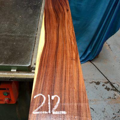 Bolivian Rosewood 1105x140x27 mm