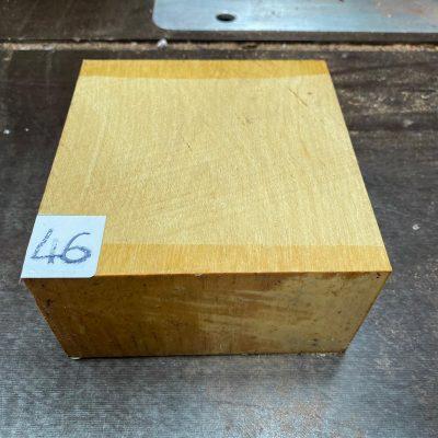 Pau Amarello 6x6x3 inches