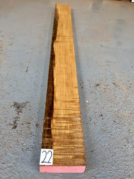Black Limba / Korina 1525x135x51 mm
